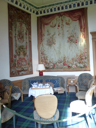 Ladies Breakfast room
